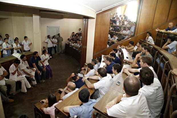 amra-asamblea-medicos-hospital-san-martin-diario-el-dia-la-plata