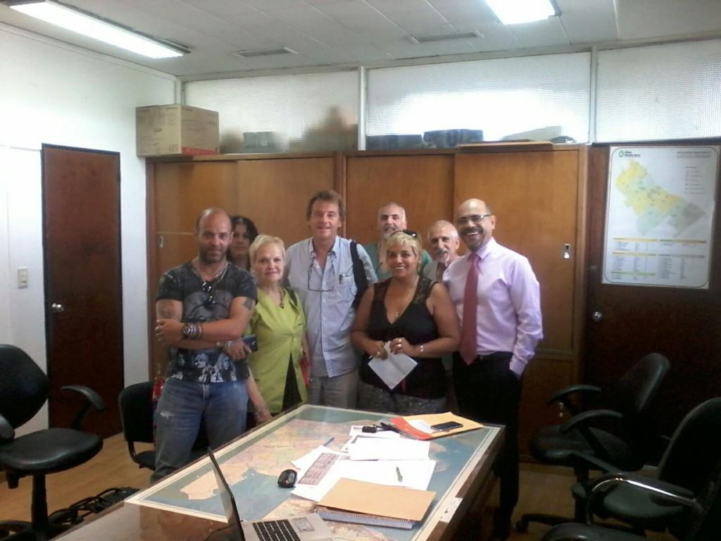 amra-reunión-dirección-hospitales-dr-alberto-lazo-silvia-delgado