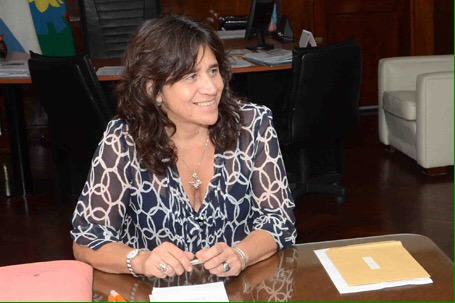 zulma-ortiz-ministra-salud-amra-sindicato-medico